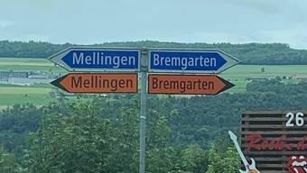 Geht es hier nun nach Bremgarten oder doch nach Bremgarten? Selbst nicht alkoholisierte Automobilisten sahen am Wochenende für einmal doppelt.