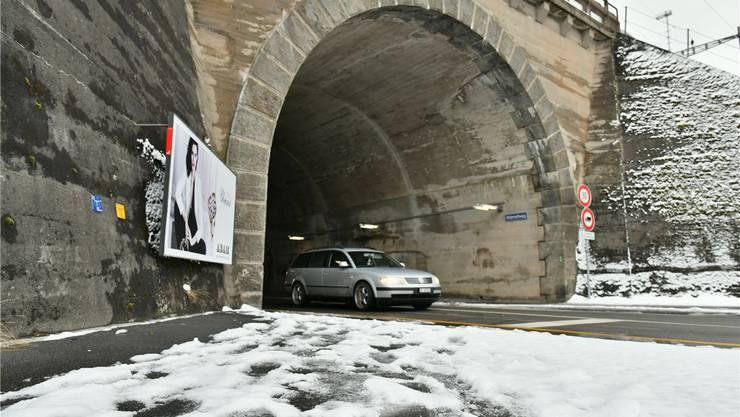 Das Gemeindeparlament will wissen, wie der Rötzmatttunnel für Fussgänger und Velofahrer aufgewertet werden könnte als Verbindung ins Quartier Olten SüdWest.