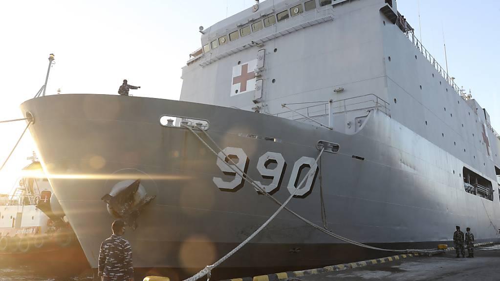 Die indonesische Marine sucht weiter nach dem vermissten U-Boot.