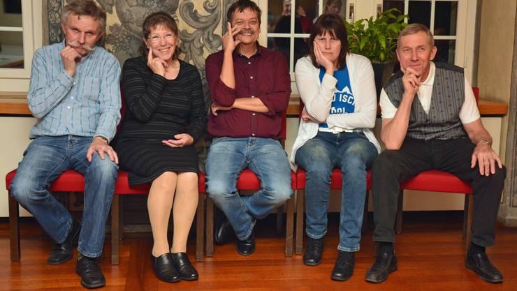 von links nach rechts: Rene Lehner, Kassier, Beatrix Emmenegger, Archivarin, Beat Notter, Präsident, Karin Süess, Aktuarin, Paul Leuthold, Beisitzer