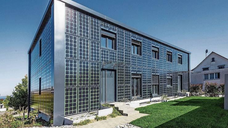 Die Zukunft: Eco-Solar-Häuser mit transparenter Wärmedämmung (hier in Uttwil im Kanton Thurgau).