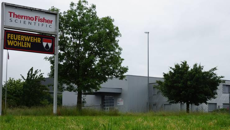 Das Gebäude der Fisher Scientific AG steht zum Verkauf.