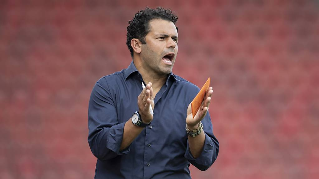Treibt neu die Spieler von Yverdon an: Uli Forte übernimmt im Waadtland den Trainerposten.