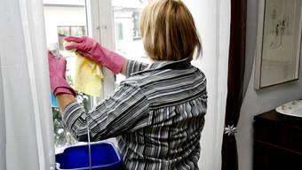 Laut Anklage wurde für «Reinigung» und «Materialkosten» an ausländischen Standorten fiktiver Geschäftsaufwand steuerlich abgezogen. (Symbolbild)