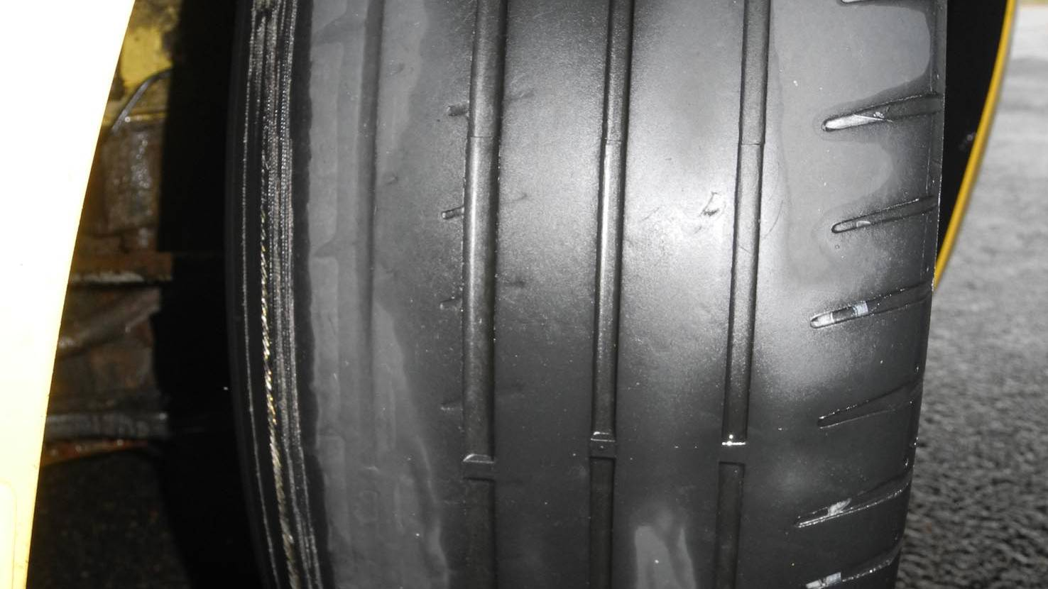 Abgefahrene Reifen