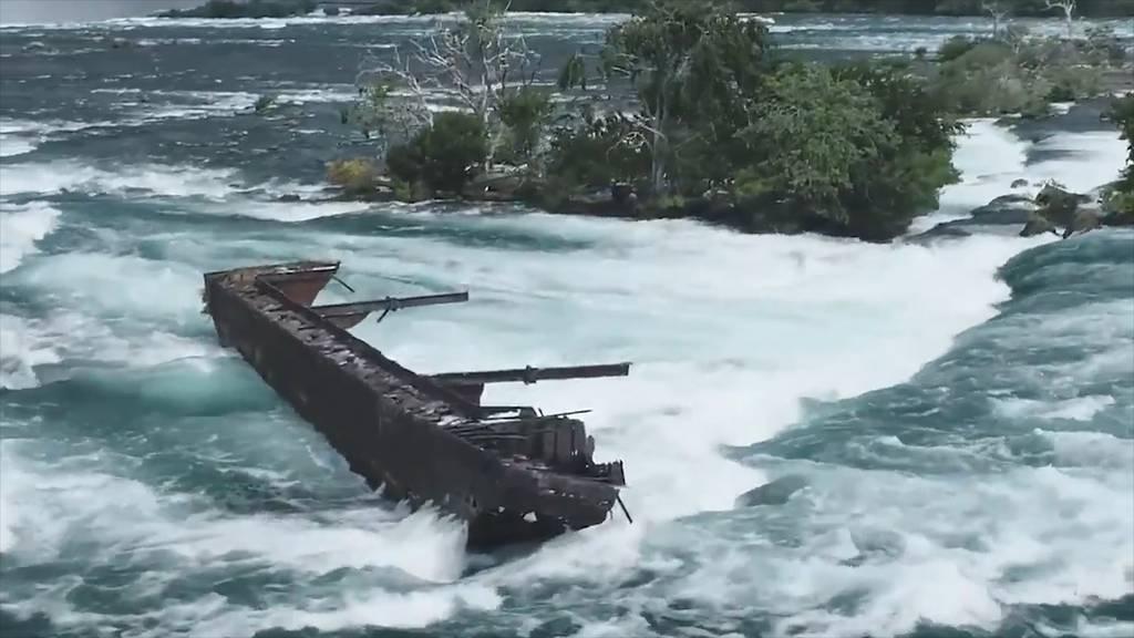 101-jähriges Schiffswrack bewegt sich auf Niagarafälle zu