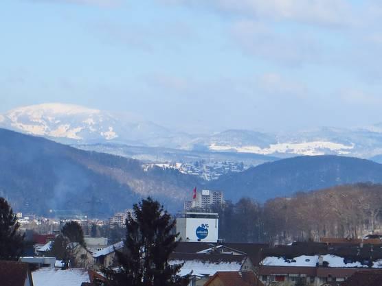 Der Blick von Frenkendorf bis in den Schwarzwald