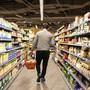 Das Sortiment in Lebensmittelläden bleibt nun doch eingeschränkt. Das hat der Bundesrat am Mittwoch entschieden. Er ist damit auf seinen Entscheid von vergangener Woche zurückgekommen.