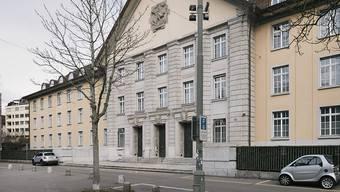 Das Bezirksgericht Zürich befasste sich heute mit einem Mann, der in einer Zürcher Moschee Bücher anzündete und floh.