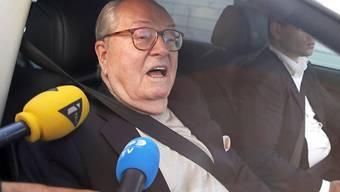 Jean-Marie le Pen, der Gründer der rechtsextremen französischen Partei Front National, klagt gegen seine eigene Partei. (Archiv)