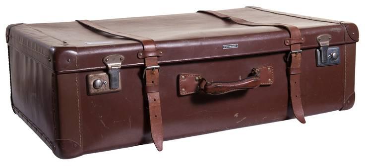 Giulia Mettauer-Coronets Ausstellungsstück: Ihr Koffer.