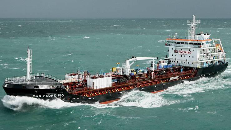 Die «San Padre Pio» der Westschweizer Reederei ABC Maritime.
