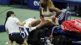 Unmittelbar nach der Behandlungspause gab Serena Williams im dritten Satz ihr Aufschlagspiel ab