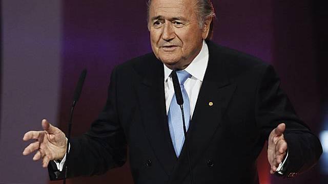 Ist abgehärtet gegen Kritik: Fifa-Präsident Blatter (Archiv)