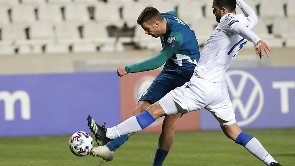 Der langjährige Lugano-Profi Domen Crnigoj (links) schafft in seiner ersten Saison mit Venezia den Aufstieg in die Serie A