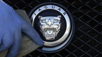 Ist der grösste Autoproduzent in Grossbritannien: Jaguar Land Rover aus dem indischen Tata-Konzern.