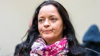 Urteil im NSU-Prozess: Beate Zschäpe zu einer lebenslangen Freiheitsstrafe wegen zehnfachen Mordes verurteilt.