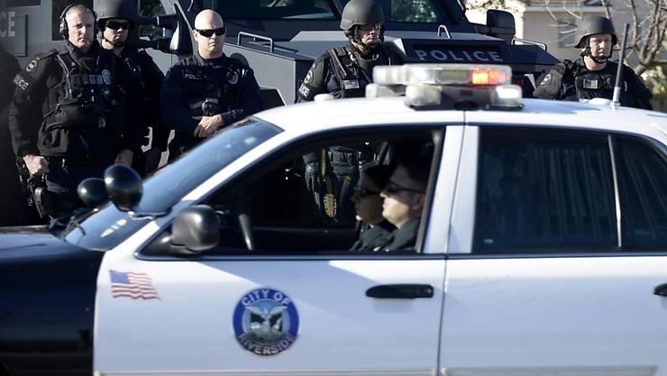 Die Polizei konnte in der Nähe von Los Angeles 13 verwahrloste Geschwister aus dem Haus ihrer Eltern befreien. (Symbolbild)