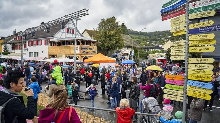Impressionen vom Winzerfest 2019 in Döttingen: Über hundert Stände mit Delikatessen und Kunsthandwerk sorgten ebenso für gute Stimmung wie die Gaukler.