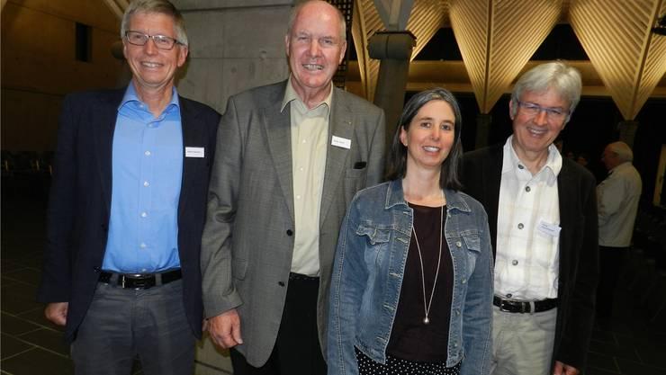 Von links: Der neue Präsident Martin Burkard mit seinem Vorgänger Peter Wertli und den neuen Vorstandsmitgliedern Nadja Baur Konrad und ErnstHochstrasser.