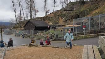 Damit Tiere und Besucher nicht länger gefährdet sind, wird die Felsnase abgetragen. Bruno Kissling