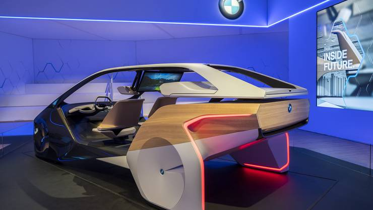 "BMW Concept ""Inside Future"""