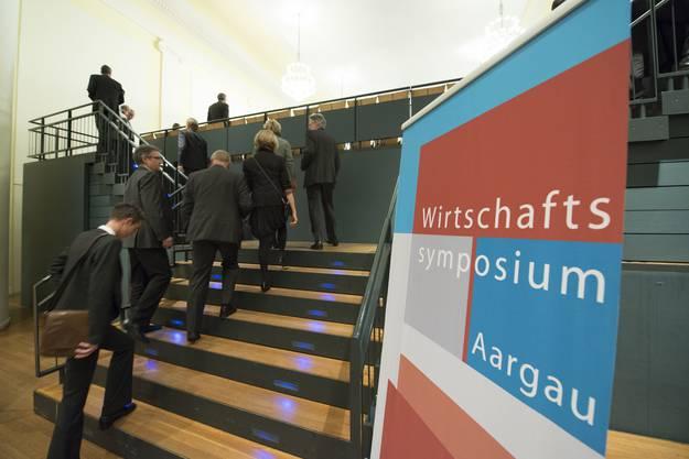 380 Unternehmer besuchen das 9. Wirtschaftssymposium Aargau im Kultur- und Kongresshaus Aarau.