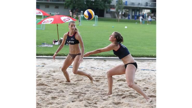 Die beiden späteren Siegerinnen Laura Mählmann (r.) und Laura Breuss im Final gegen die Lichtensteinerinnen.