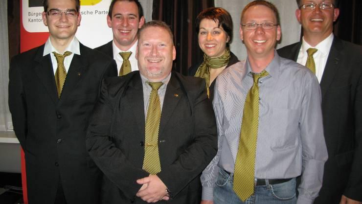 Die BDP-Nationalratskandidaten (v. l.): Simon Schärer (Lohn-Ammannsegg), Simon Wyss (Fulenbach), Christoph Feremutsch (Grenchen), Ruth Neuenschwander (Gossliwil), Markus Dietschi (Selzach), Ernest Cavin (Gossliwil). Ein siebter Kandidat wird noch gesucht.  cva