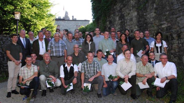 Die 48 Kandidatinnen und Kandidaten mit RR Atiger und Christoph Fischer.(63) - Kopie.jpg