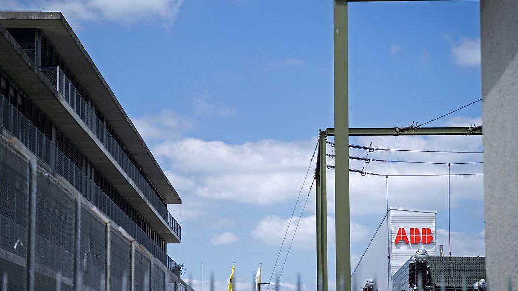 ABB rechnet nicht mit einem weiteren Stellenabbau nach dem Verkauf der Stromnetzsparte. (Archiv)