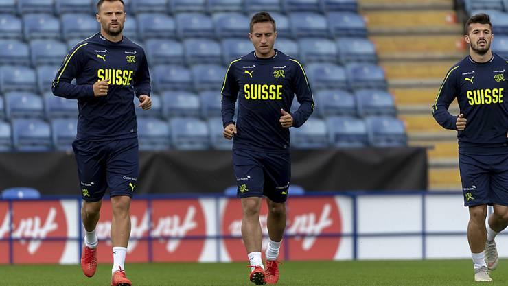 Haris Seferovic (links) und Mario Gavranovic stehen sich bald im Europacup gegenüber