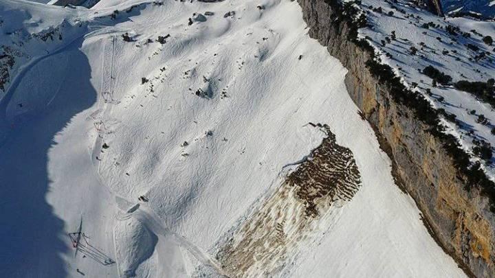 Die Lawine auf der Ebenalp ist direkt neben dem Skilift niedergegangen. Passiert ist aber nichts.