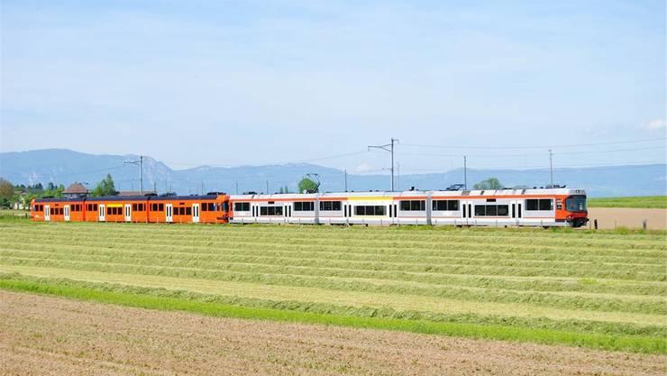 RE Bern-Solothurn zwischen Büren und Fraubrunnen in den Achtziger-Jahren
