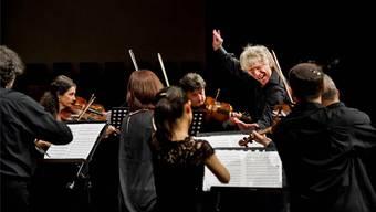 Konzentration und vitales Spiel: Giovanni Antonini und «Il Giardino Armonico» hauchen Joseph Haydn neues Leben ein. Benjamin Pritzkuleit