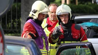 Angehörigen der Feuerwehr Aarau wird nun «eine ergänzende Soldzahlung von Fr. 7.50 pro Stunde» gewährt. (Archivbild)