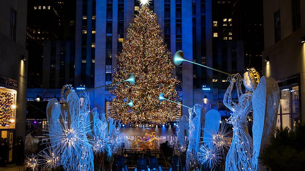 Trotz Corona: Lichter am Rockefeller-Weihnachtsbaum angezündet