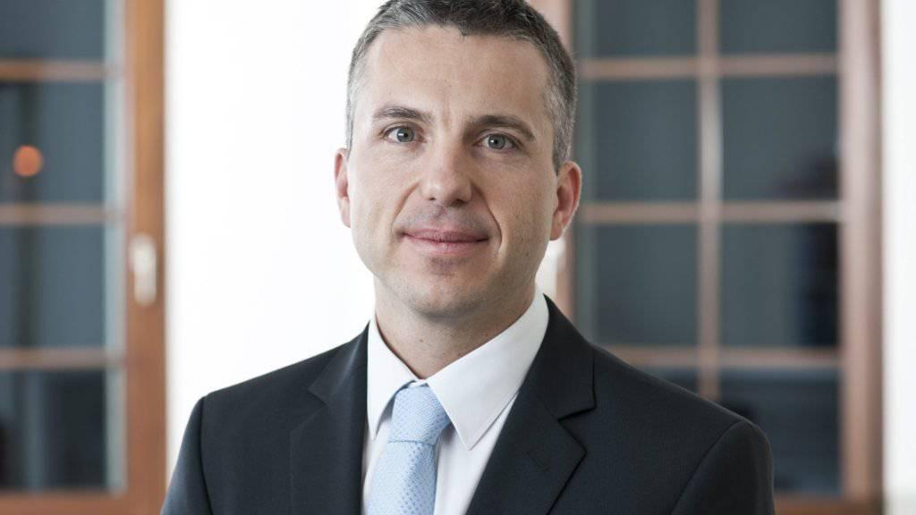 Pascal Koradi, Chef der Aargauischen Kantonalbank (AKB), tritt zurück. (Archivbild).