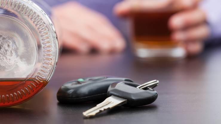 11 Autofahrer mussten am Wochenende im Aargau ihren Führerausweis abgeben. (Symbolbild)