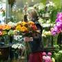 Seitdem Gartencenter und Blumenläden ihre Türen wieder öffnen durften, haben die Floristen einen starken Anstieg der Nachfrage erlebt.
