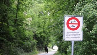 Auf den Feldwegen von Wolfwil gilt ein Fahrverbot. (Symbolbild)