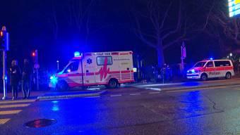 Am frühen Morgen des 1. Januar kam es im Kreis 1 zu einer Auseinandersetzung zwischen mehreren Personen. Dabei wurde ein 31-jähriger Mann schwer verletzt.