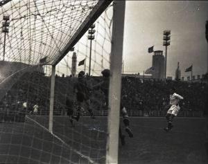 Länderspiel Belgien-Schweiz in Brüssel, 30.5.1935. Fotograf: Heinrich Weiss. Foto: Staatsarchiv Aargau