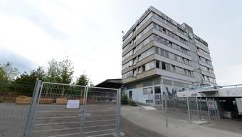 Ob das Asylzentrum Feldreben bereits im August in Betrieb genommen werden kann, ist noch immer unklar.
