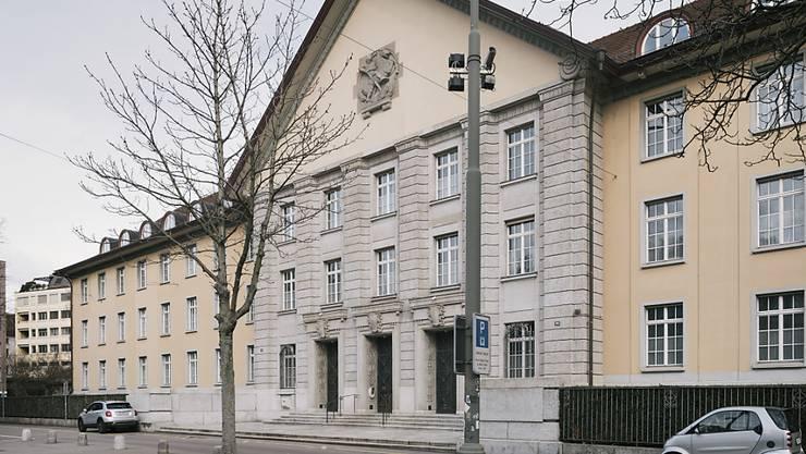 Das Bezirksgericht Zürich befasst sich mit einem aufsehenerregenden Tötungsfall.