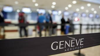 In der Check-in-Halle des Flughafens Genf löste am Donnerstagmittag ein herrenloses Gepäckstück einen Polizeieinsatz aus. (Archivbild)