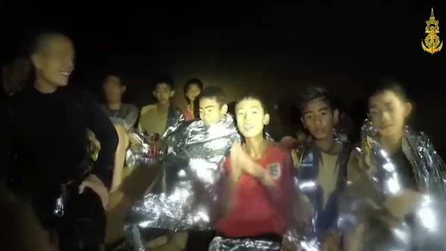 Raiffeisen-Chef Gisel geht - Gerettete Thai-Buben geben Interviews - Trumps Versprecher