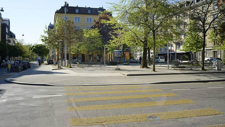 Die Wirtschaftskommission des Nationalrats möchte das öffentliche Leben in der Schweiz schneller wiederbeleben als das der Bundesrat will. Sie hat verschiedene Motionen verabschiedet. (Themenbild)