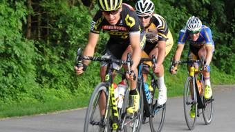 Dieses Trio mit (von vorne) Matthias Stirnemann (Dritter), Reto Streda (Zweiter) und Timo Güller (Sieger) dominierte das zweite Brugger Abendrennen und überrundete das Feld.