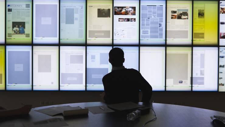 Das Rätselraten um den Namen des geplanten Joint Ventures hat ein Ende. Blick in den Newsroom der Aargauer Zeitung. (Archivbild)